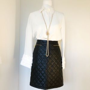 Carmen Marc Valvo Black Quilted Pleather Skirt